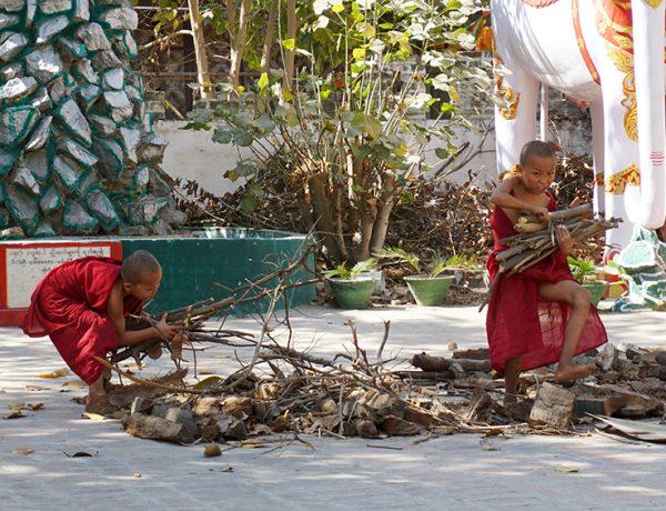 Kinh nghiệm du lịch bụi Mandalay Myanmar