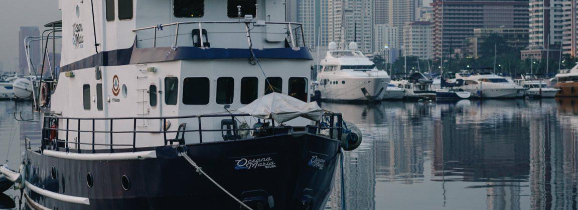 Ngắm hoàng hôn ở Vịnh Manila và thưởng thức món salad cá sống Kinilaw