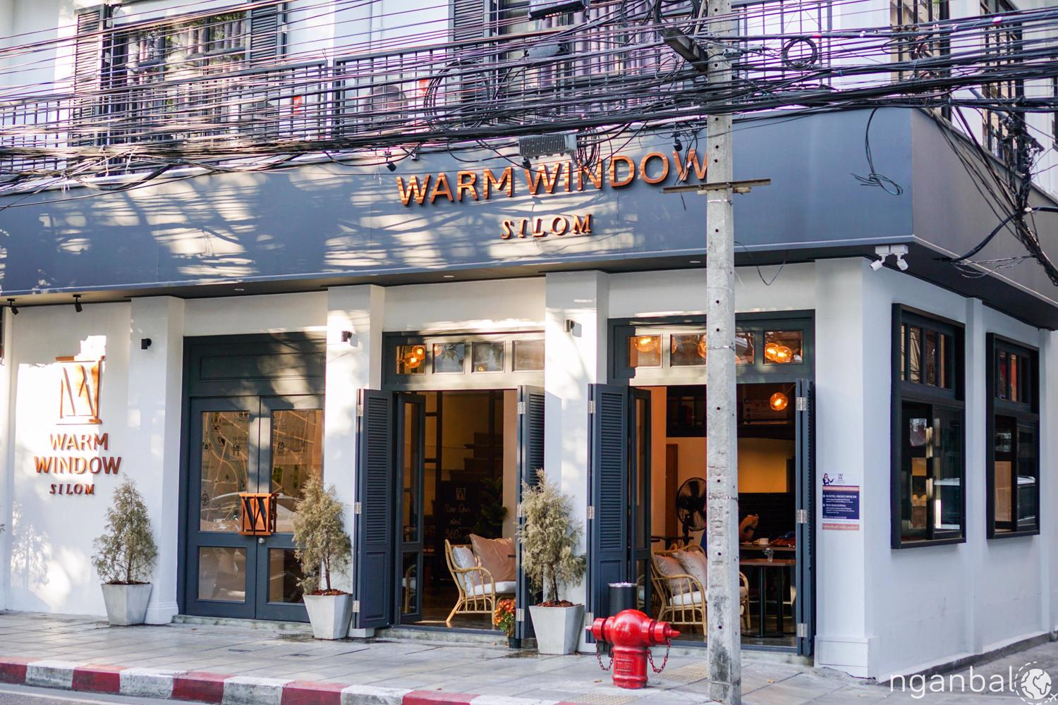 Review khách sạn Warm Window Silom ở Bangkok