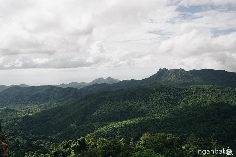 Leo núi Marami