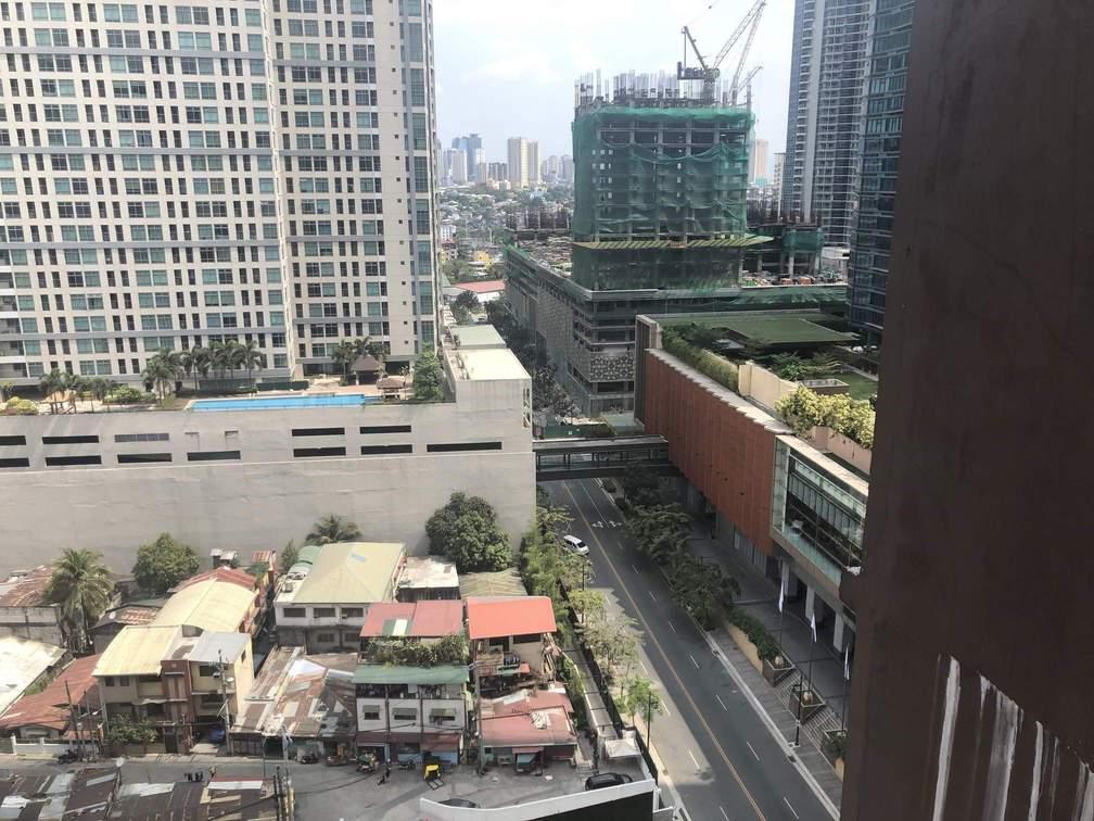 phong toả Metro Manila