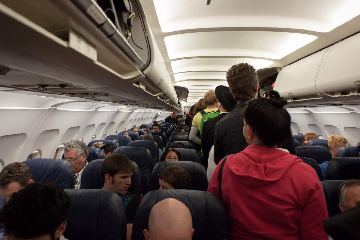 đi máy bay lần đầu